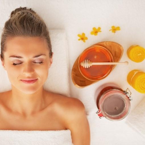 OFFERTA NATALE! Trattamento corpo al miele e zucchero di canna